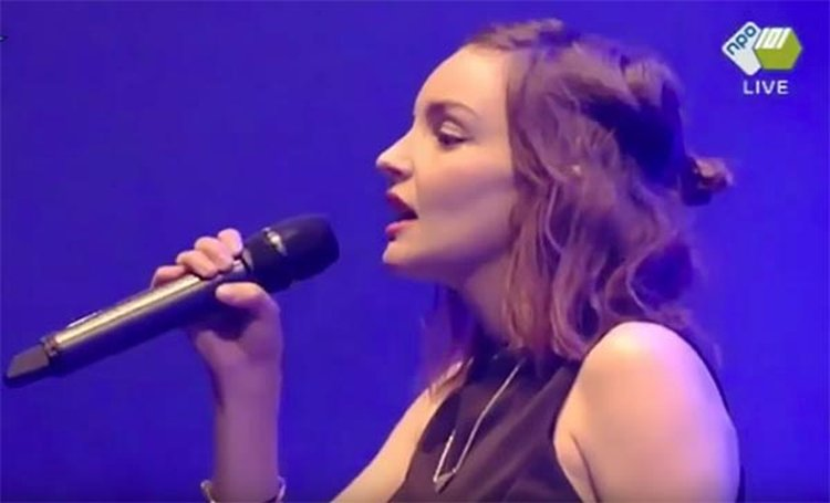 Music Friday: Learn From Mistakes and 'Make Them Gold,' Urges Chvrches' Lauren Mayberry