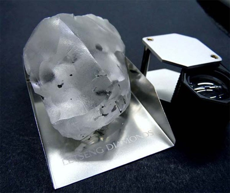 Tiny African Kingdom of Lesotho Yields 910-Carat, Gem-Quality Diamond; Ranks as 5th Largest Ever